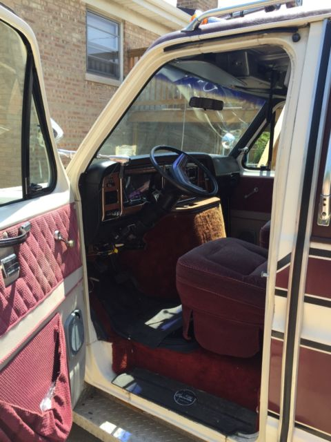 Turbo 350 Transmission >> Ford e350 1983 Centurion - Classic Ford E-Series Van 1983 for sale