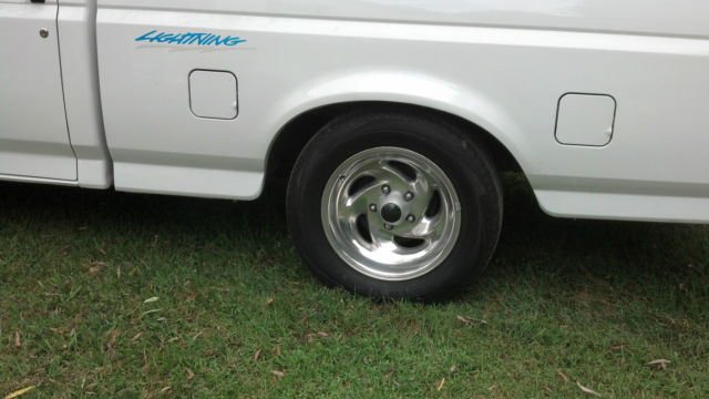 1994 Ford F-150 lightning & Ford Lightning lowered - Classic Ford F-150 1994 for sale azcodes.com