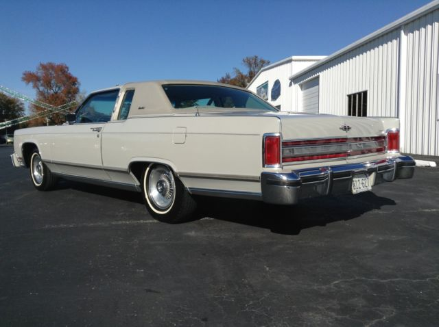 Ford Lincoln Town Coupe 1978 Car All Originial Classic Lincoln
