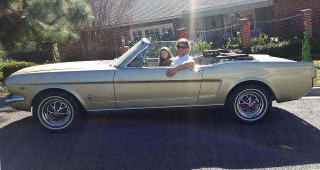 Classic Cars For Sale California Usa: Ford Mustang Convertible 1965 V8 (California USA) For