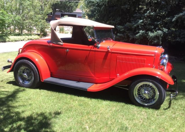 ford roadster hot rod convertible red old school classic 1932 model b a classic ford roadster. Black Bedroom Furniture Sets. Home Design Ideas