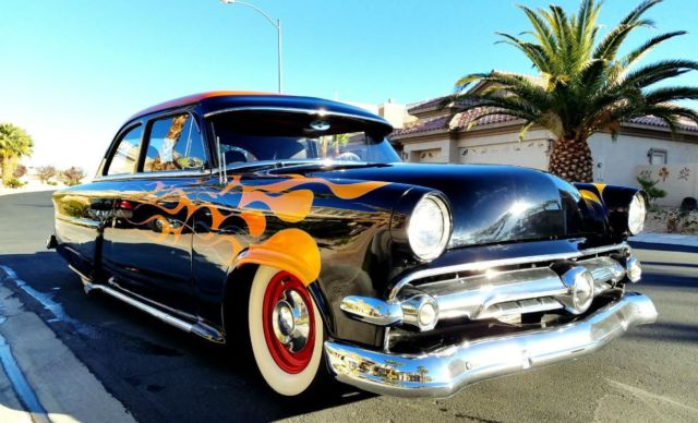 Fully restored 1954 ford mainline custom classic air ride for 1954 ford mainline 2 door sedan sale