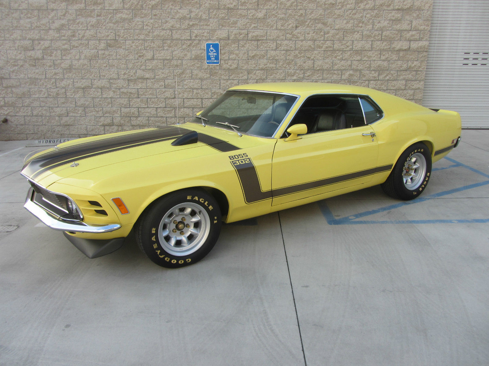 fully restored 1970 boss 302 classic ford mustang 1970 for sale. Black Bedroom Furniture Sets. Home Design Ideas