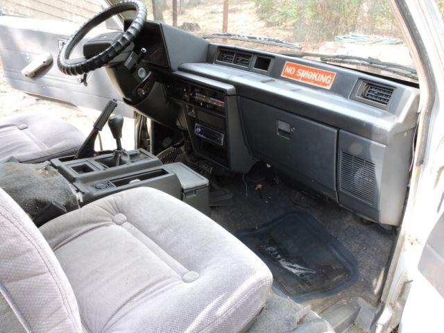 Great Running Rare 1986 Toyota Van Wagon Cargo 4y E 2 2