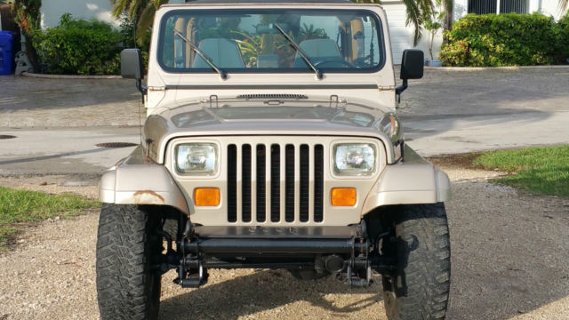 jeep wrangler yj sahara edition classic jeep wrangler 1994 for sale. Black Bedroom Furniture Sets. Home Design Ideas