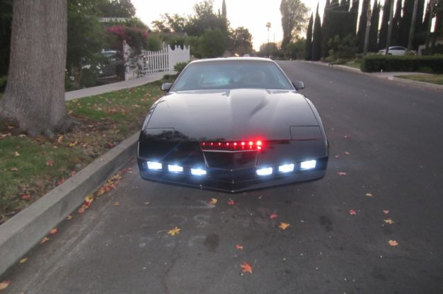 License Plate Scanner >> Knight Rider KITT Replica 1982 Pontiac Firebird Trans Am K ...