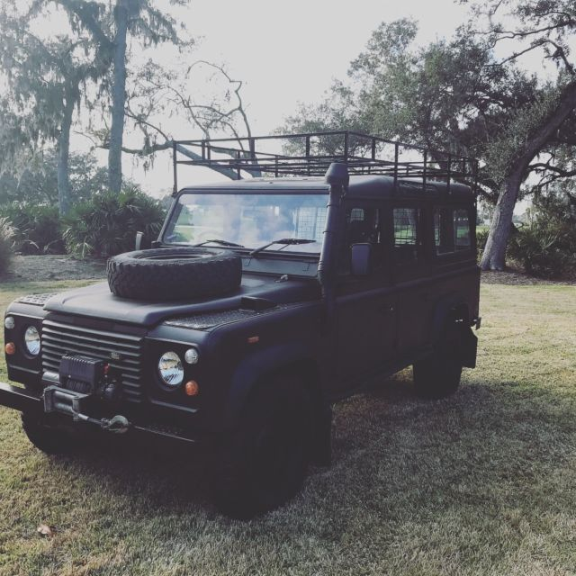 **LAND ROVER DEFENDER 110 COUNTY STATION WAGON** JAMES