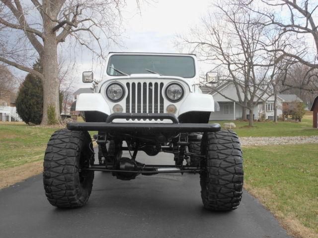 Lifted jeep scrambler cj8 sbc automatic custom cage back for Cj custom homes