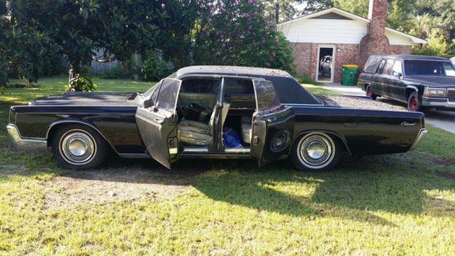 lincoln continental suicide doors classic lincoln iconic vehicle classic lincoln. Black Bedroom Furniture Sets. Home Design Ideas