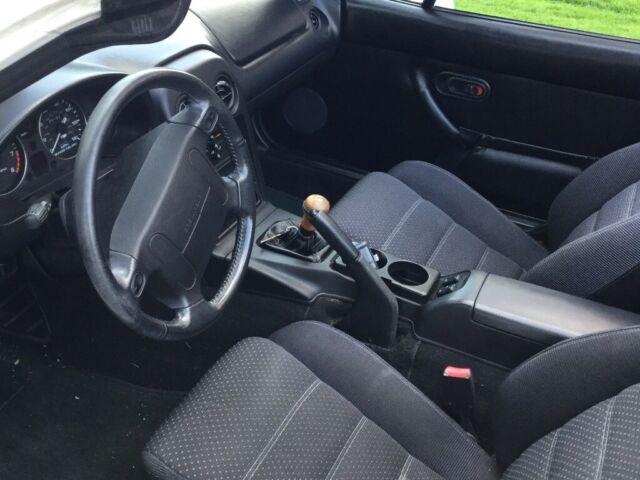 Mazda Miata Mx Very Low Mileageone Owner Stored Winters Pkg B on Mazda Miata Spare Tire Location