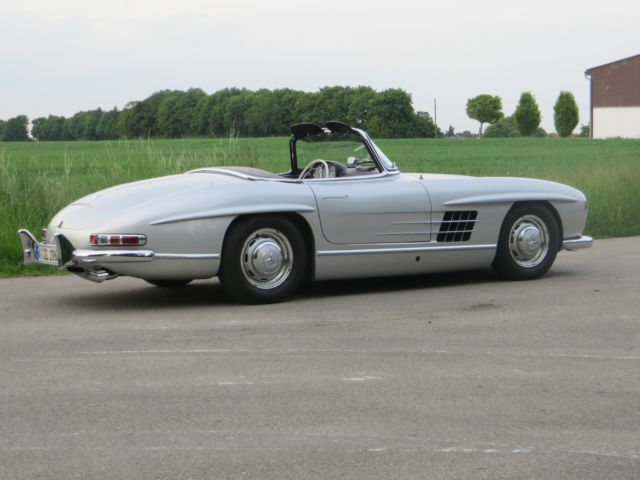 Mercedes 300 sl w 198 roadster reproduction classic for How much does a mercedes benz silver lightning cost