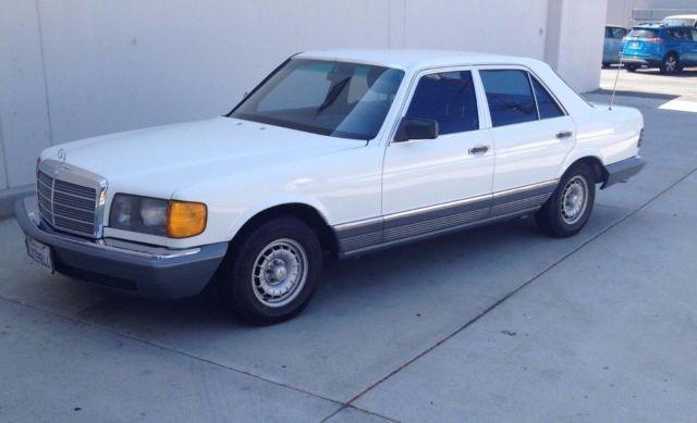Mercedes benz 300sd white blue 1981 diesel 300 series for 1981 mercedes benz 300sd