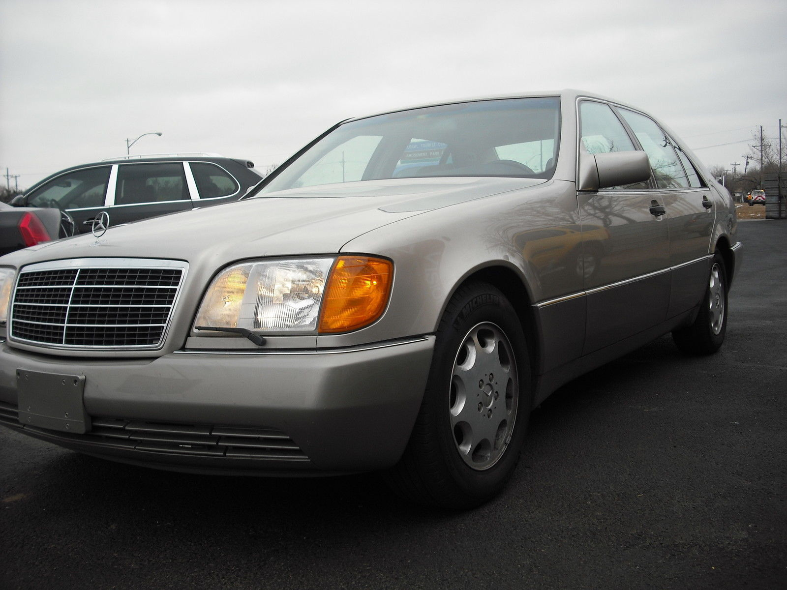 Mercedes benz classic 1993 500 sel sedan beige tan for 500 mercedes benz