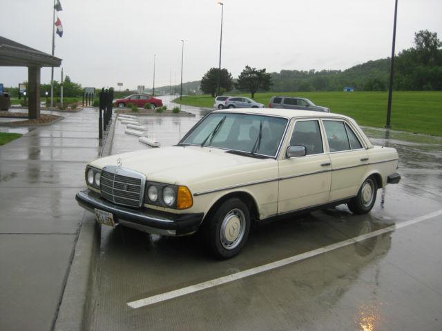 Mercedes diesel used car 240d classic mercedes benz for Mercedes benz 240 diesel