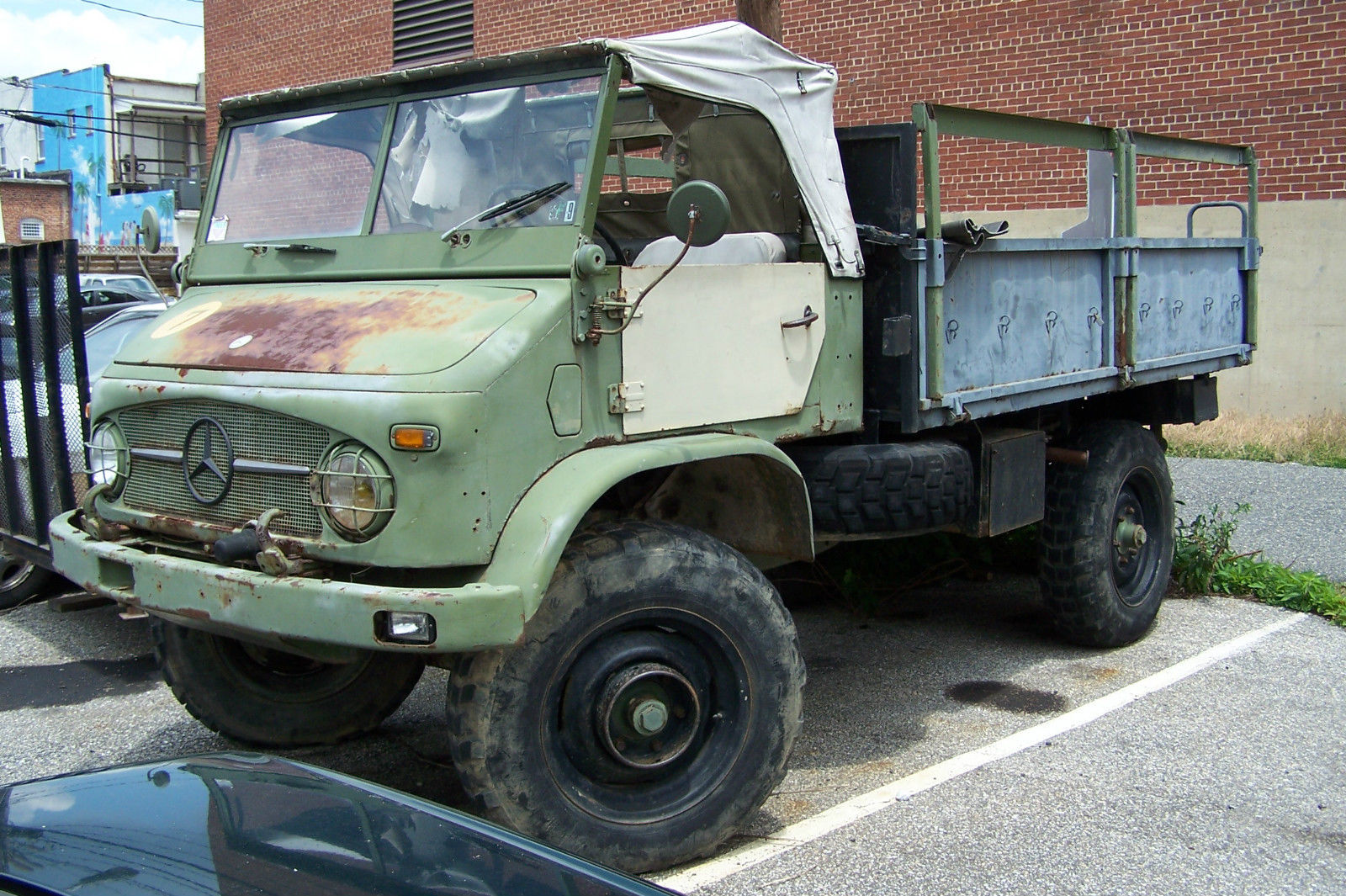 mercedes unimog for parts not running military - Classic Mercedes