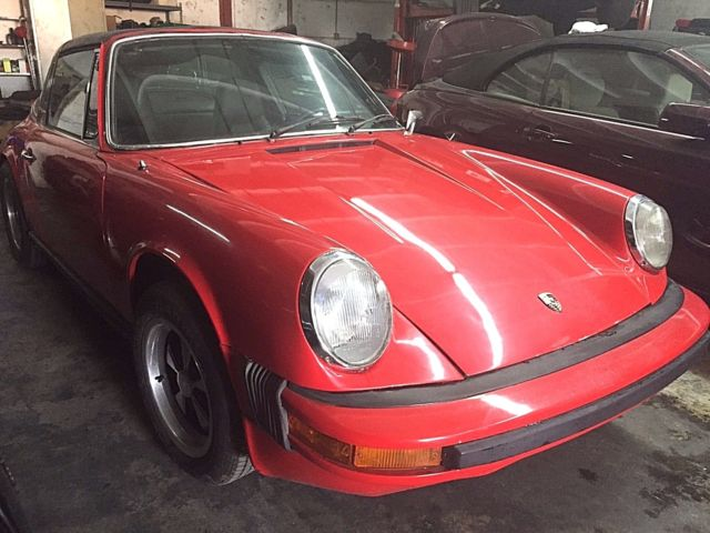 nice 1974 porsche 911 targa low miles runs great solid low reserve classic porsche 911. Black Bedroom Furniture Sets. Home Design Ideas
