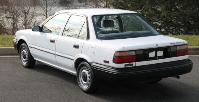 1990 Toyota Corolla DX manual