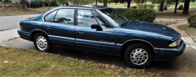 Parts Only  1992 Pontiac Bonneville Se Good Parts  No