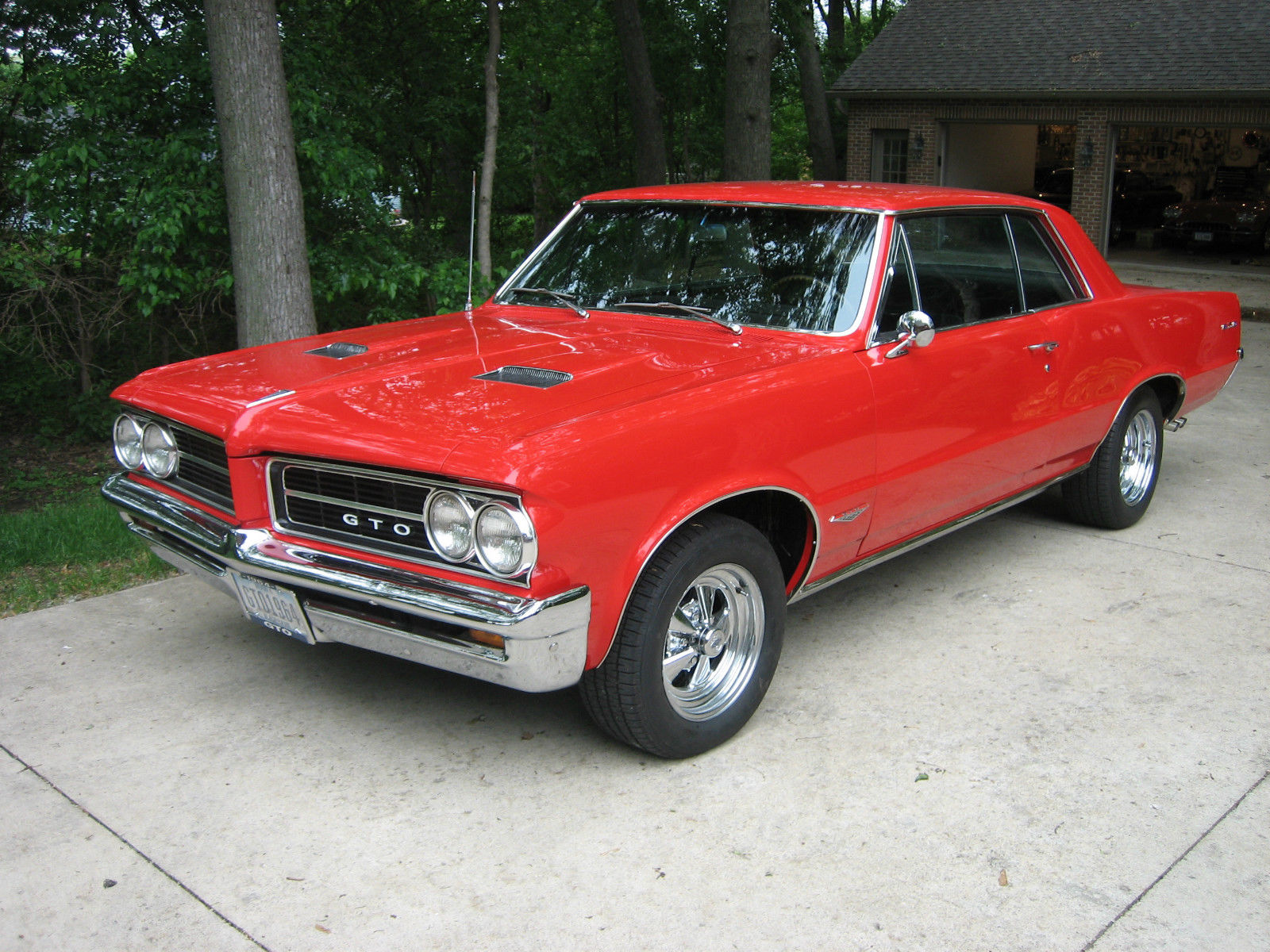 pontiac gto 1964 red 389 original classic pontiac gto 1964 for sale. Black Bedroom Furniture Sets. Home Design Ideas