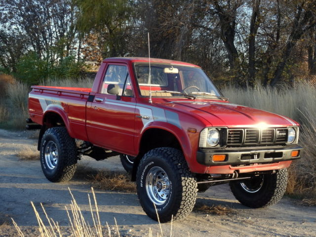 rare 1981 toyota pickup hilux 4x4 1 owner classic. Black Bedroom Furniture Sets. Home Design Ideas