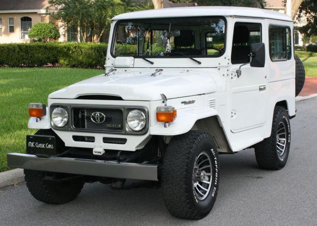 ROTISSERIE RESTORED DIESEL - A/C - 4X4 - 1984 Toyota