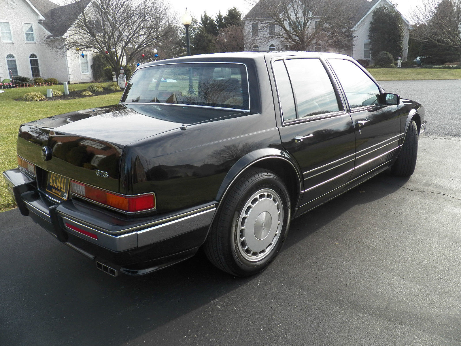 seville sts 1990 beautifully maintained inside out low miles classic cadillac seville 1990. Black Bedroom Furniture Sets. Home Design Ideas