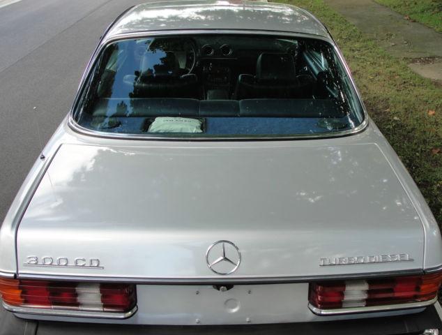 Silver 1985 Mercedes-Benz 300CD Coupe 2-Door 3 0L Turbo Diesel OM617