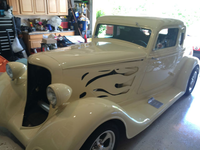 STREET ROD 1934 PLYMOUTH 5 WINDOW COUPE EXCELLENT CONDITION