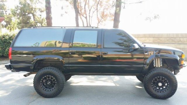 Super Custom Suburban 1 Ton 4x4 X Show Truck Straight Axle