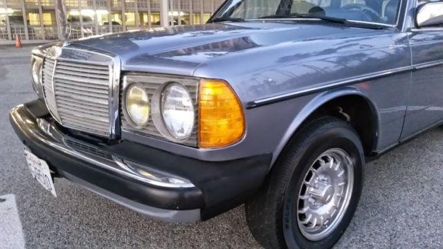 Very Dry Californian 83 Mercedes W123 300 Td Station Wagon Very