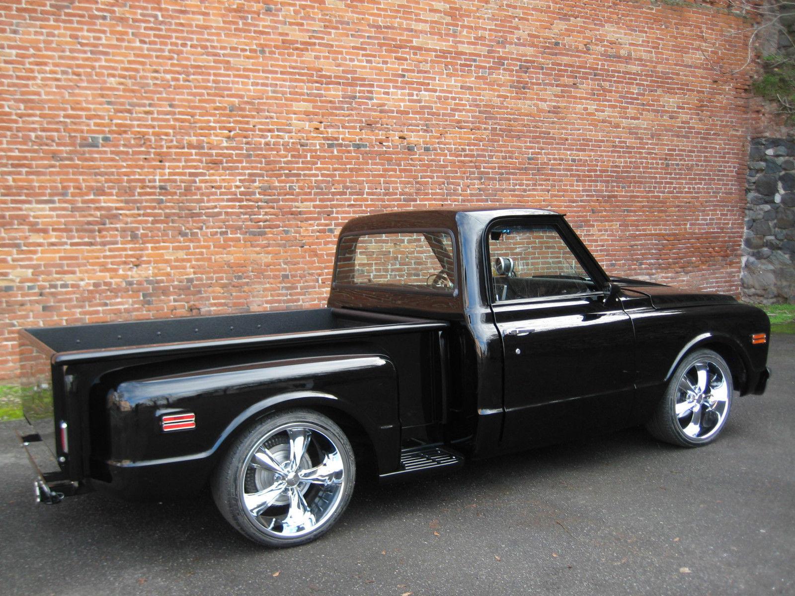 very nice 1968 chevy  step side  custon show truck  black