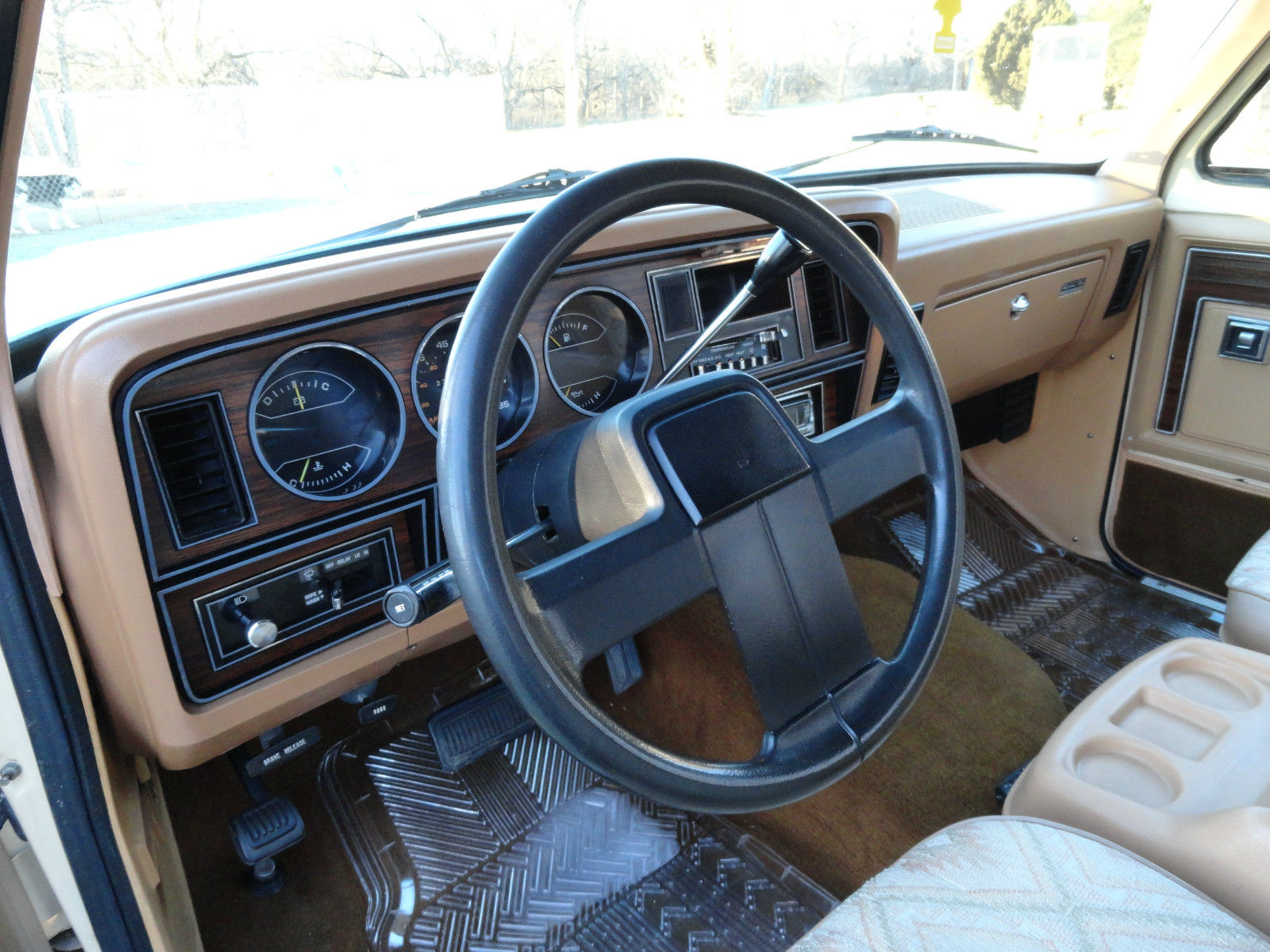 Very Nice 1985 Dodge Ramcharger 2wd Clean 318 Auto
