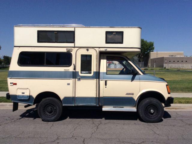 Video 47,000 miles Chevrolet 4X4 Astro Camper Motorhome ...
