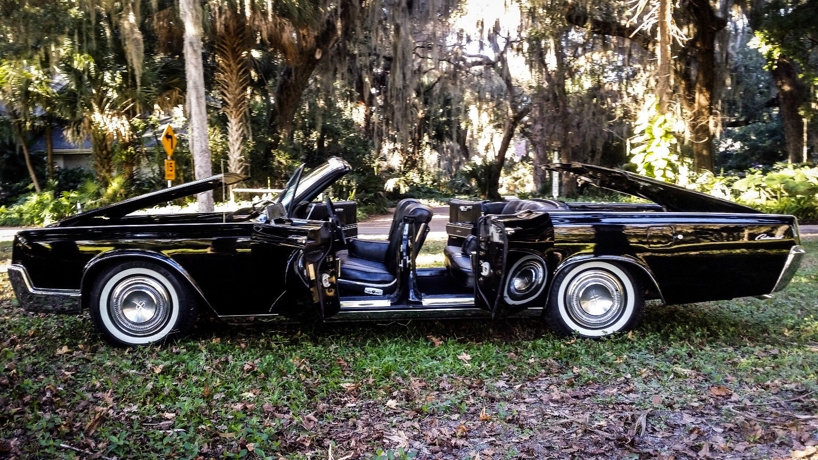 Watch Video Convertible Fully Restored Suicide Doors 61 62 63 64 65 66 Classic Lincoln