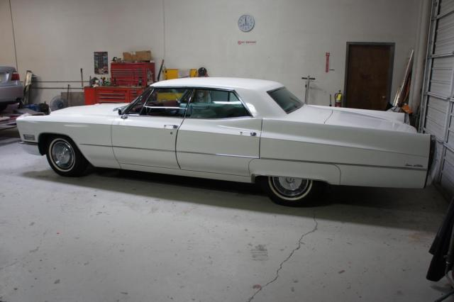 white 1967 cadillac deville amazing condition classic. Black Bedroom Furniture Sets. Home Design Ideas